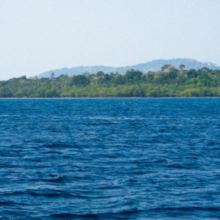 Blue lagoon, Fujifilm FinePix AX500