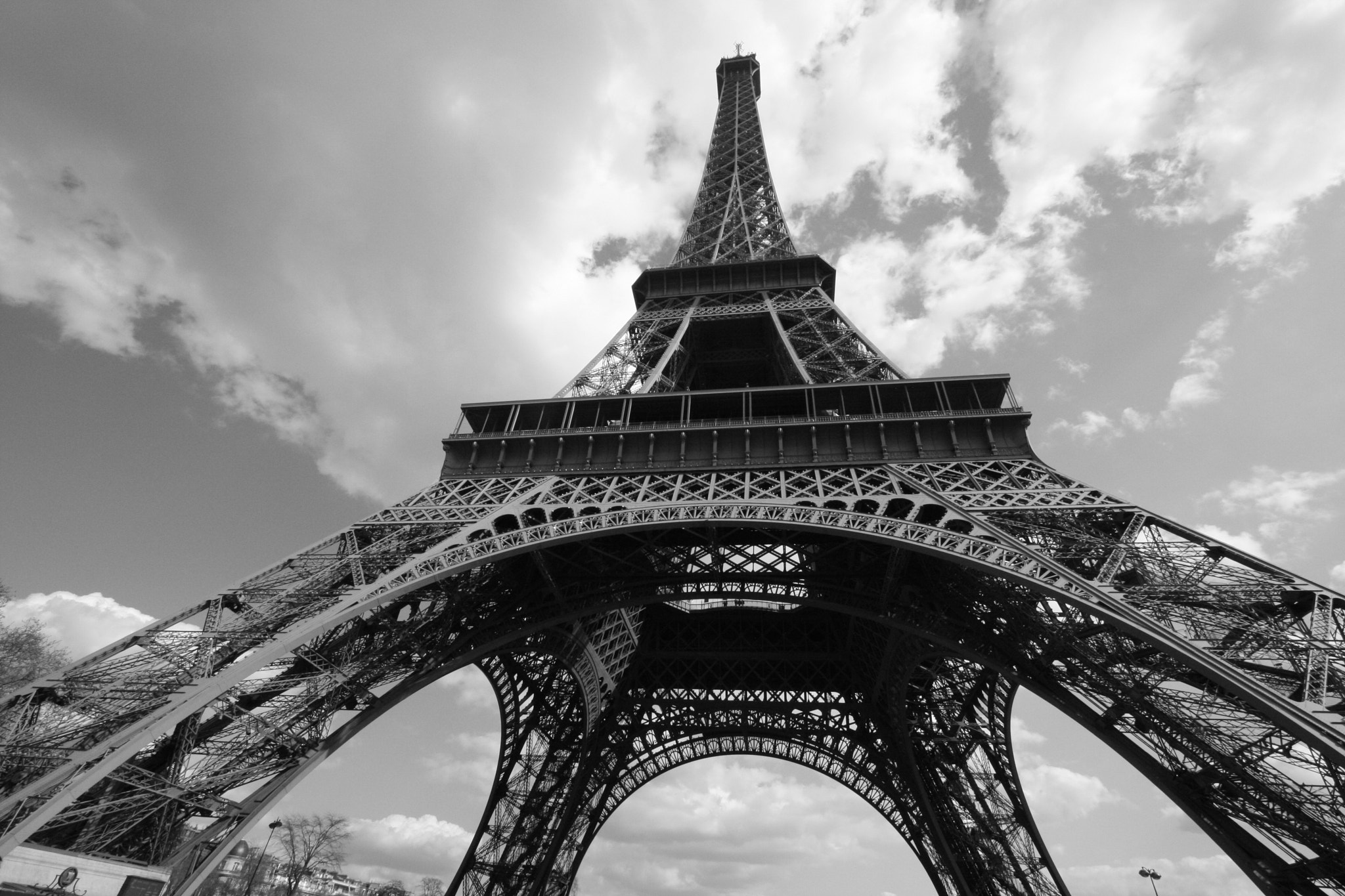Photograph Eiffel Tower - Paris, France by Andy Kim on 500px