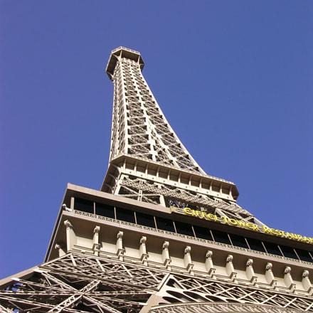 Third Scale Eiffel, Nikon E3100