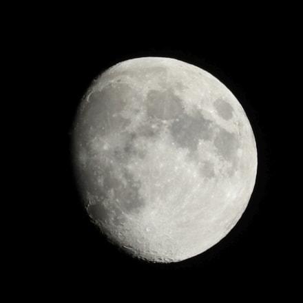 Moon over Vienna, Canon EOS M5