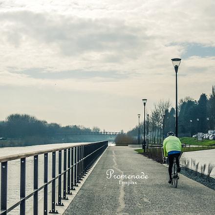 Promenade, Nikon COOLPIX S8200