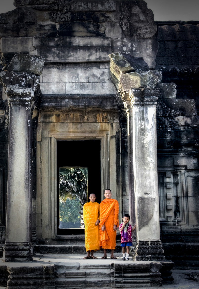 Photograph Monks in Angkor Wat, Cambodia by Marie-Lise Van Wassenhove on 500px