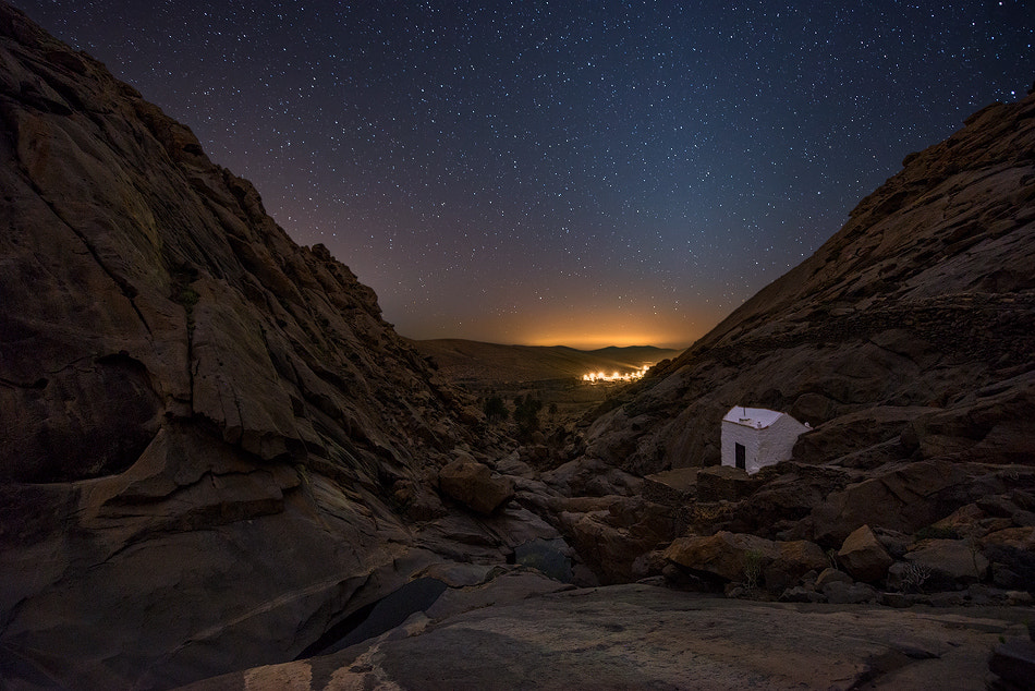 Photograph Zodiacal light on the hermitage by Carlos Solinis Camalich on 500px