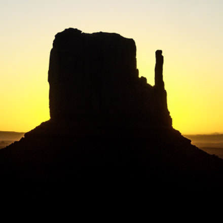 Sunrise at Monument Valley, Panasonic DMC-FX8