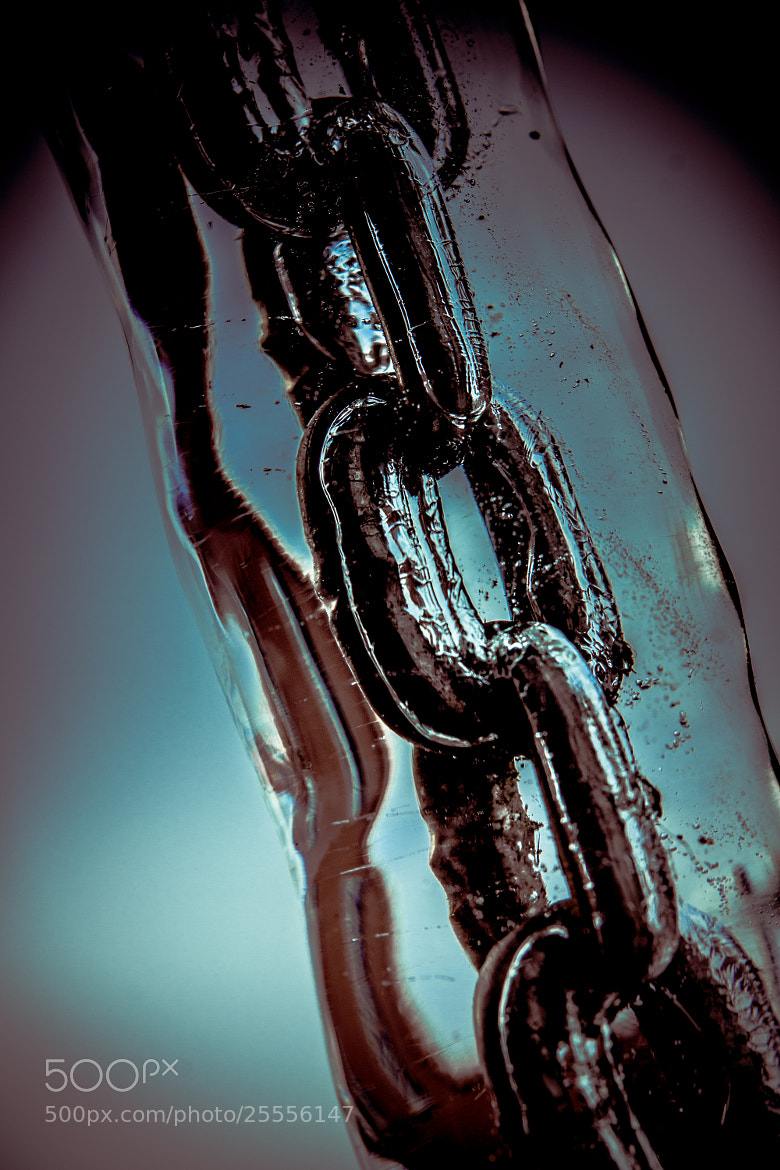 Photograph chain in ice by Stephan Baumann on 500px