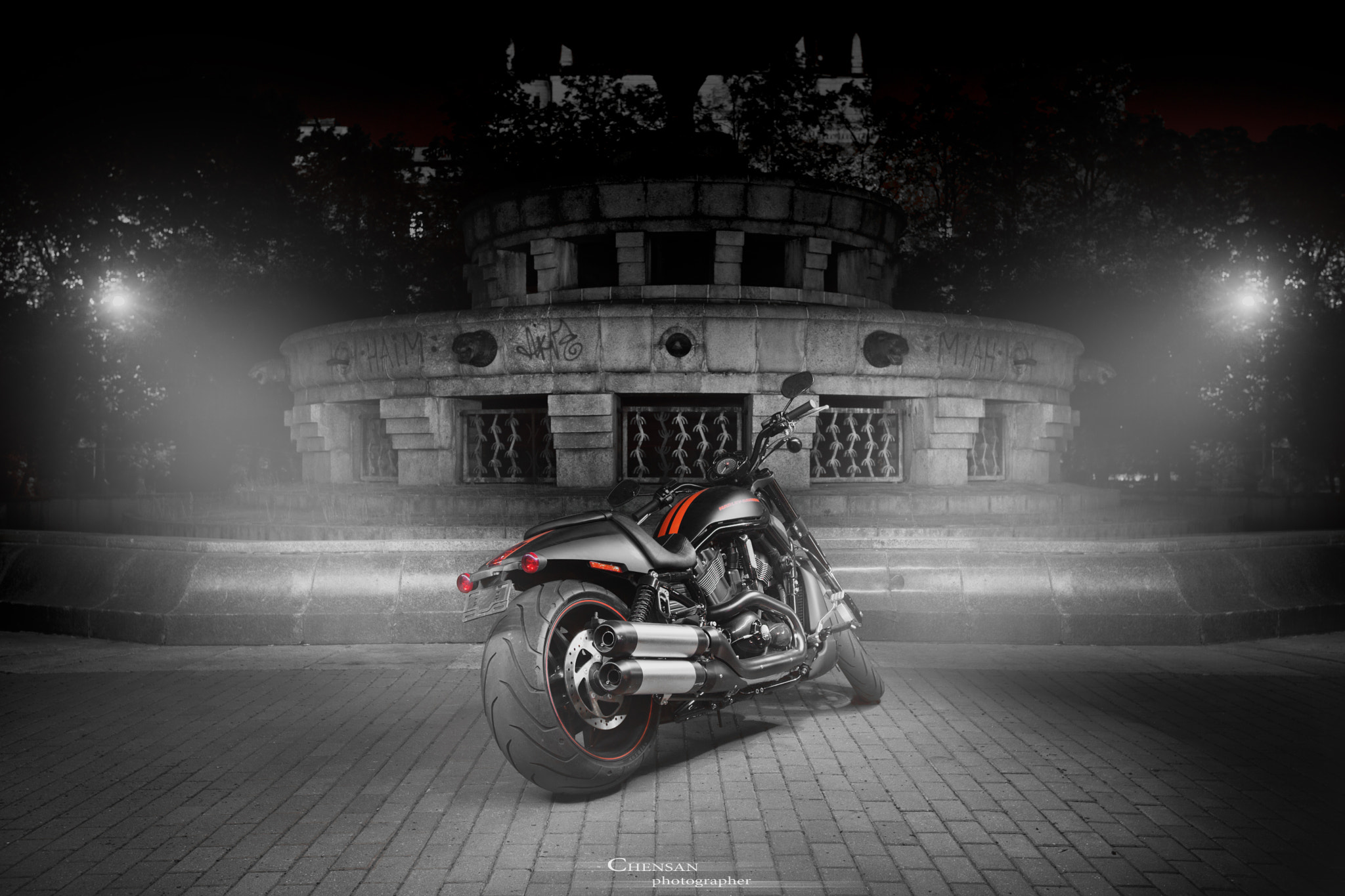 Photograph the evil nature.Harley D. Night Rod® Special . by Chensan by  Chensan on 500px