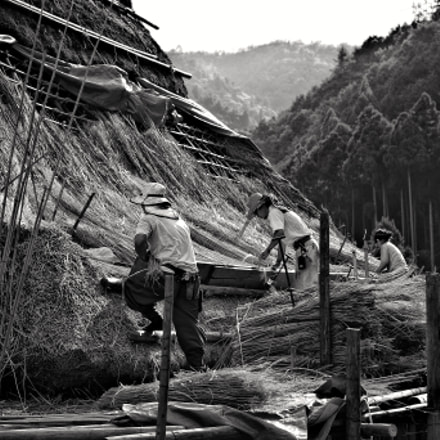thatched-roof workers, Pentax K-5 II S