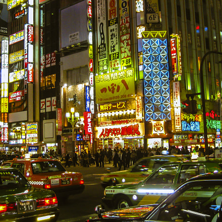 Overwhelming Shinjuku Lights, Canon POWERSHOT SD770 IS