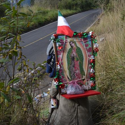 Virge de Guadalupe, Nikon D5200, AF Zoom-Nikkor 28-80mm f/3.3-5.6G