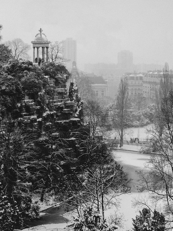 Photograph Buttes Chaumont d'hiver by Mikaël Aguirre on 500px