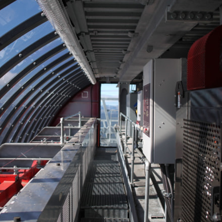 Inside a gondola tower, Canon EOS 500D, Canon EF 24mm f/2.8 IS USM