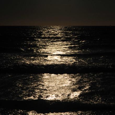 Reflejos en el mar, Nikon D700, AF Zoom-Nikkor 35-80mm f/4-5.6D N