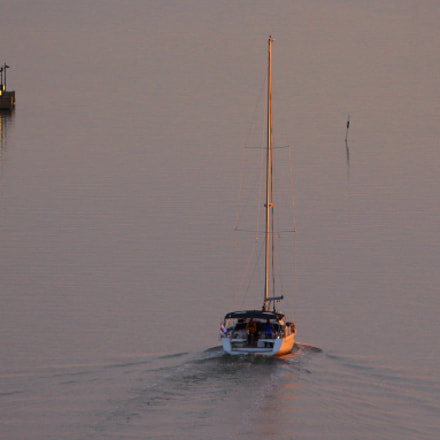 Towards the opensea....during sunset, Canon EOS 700D, Canon EF 70-300mm f/4.5-5.6 DO IS USM