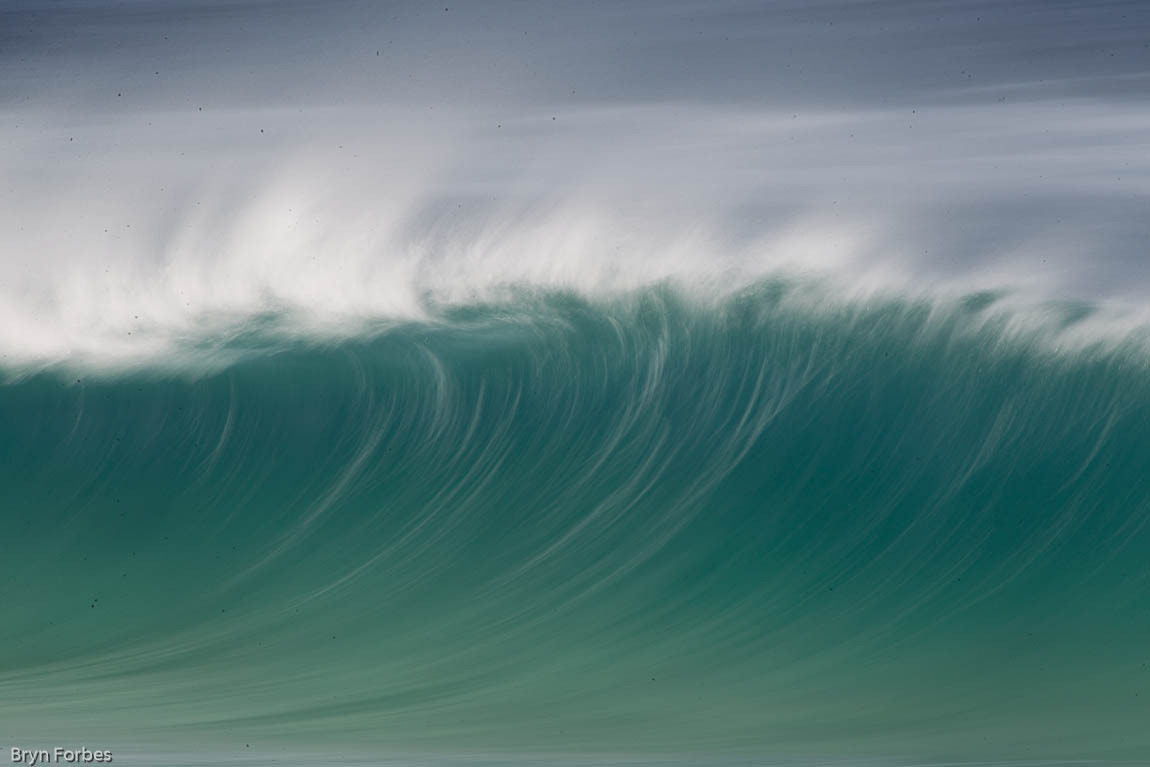 """Photograph """"Empty"""" north shore wave by Bryn Forbes on 500px"""