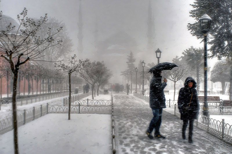 Photograph Snow in Sultanahmet by Salih Zorbozan on 500px
