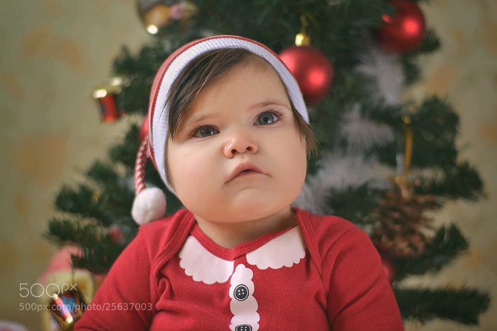 Photograph Santa's little helper by Ann Ro on 500px