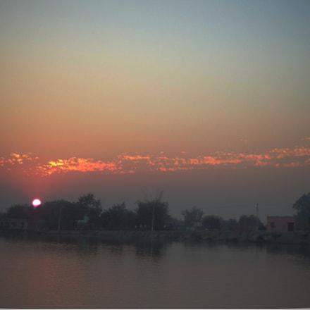 Approaching dusk., Sony DSC-W530