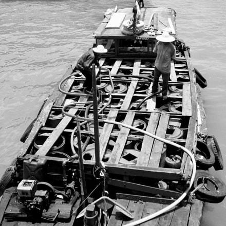 Tanker - Hanoi - 2007, Panasonic DMC-FX50