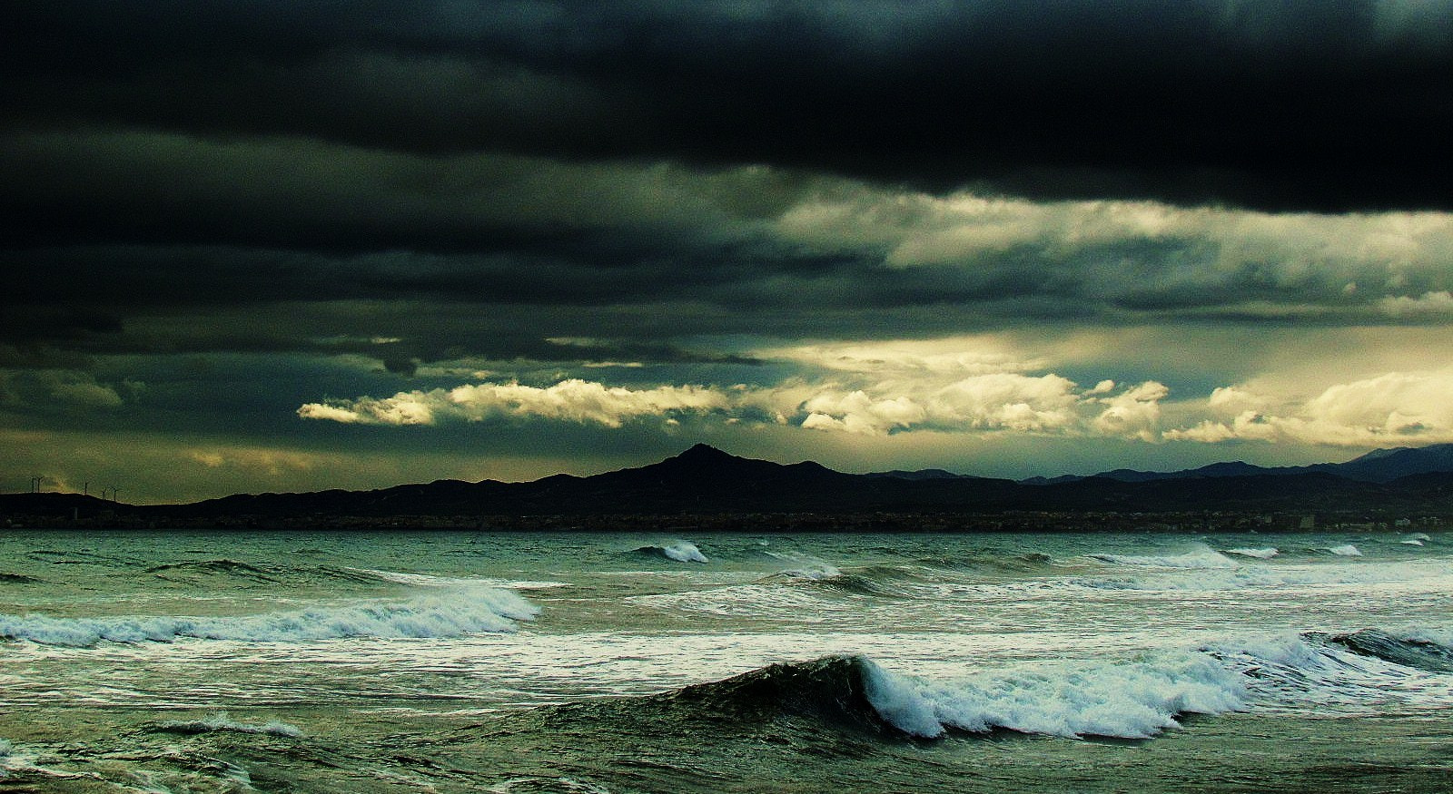 Photograph storm is coming by JuicyColors on 500px