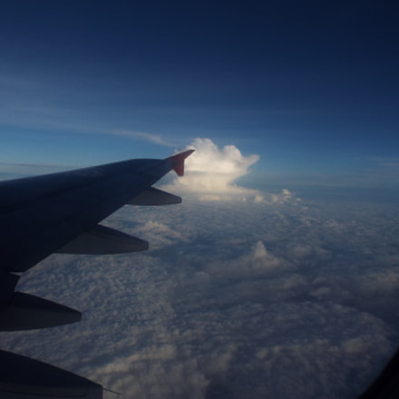 Cloudy Flight, Fujifilm FinePix S9400W S9450W