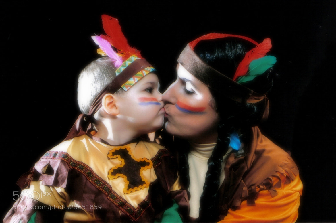 "Photograph ...""Indian Kiss"" ...  by Maria  Ferreira on 500px"
