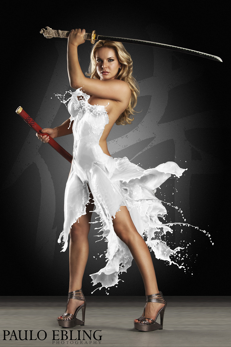 Photograph Milk Dress Heather Shanholtz by Paulo Ebling on 500px