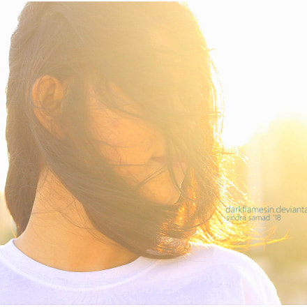 sunbeams into her soul., Canon EOS 1100D, Canon EF 50mm f/1.8 II