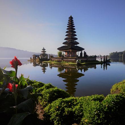 Temple On The Lake, Nikon D610