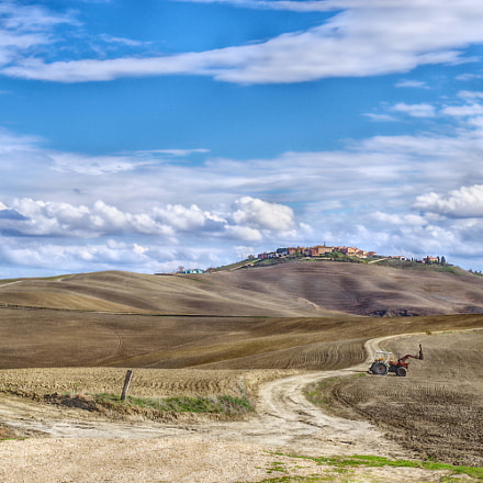 Tuscany landscape in HDR, RICOH PENTAX K-70