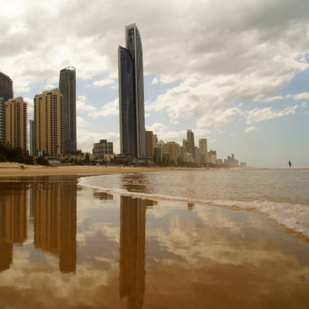 Surfers Paradise, Sony SLT-A37, Minolta/Sony AF DT 18-200mm F3.5-6.3 (D)