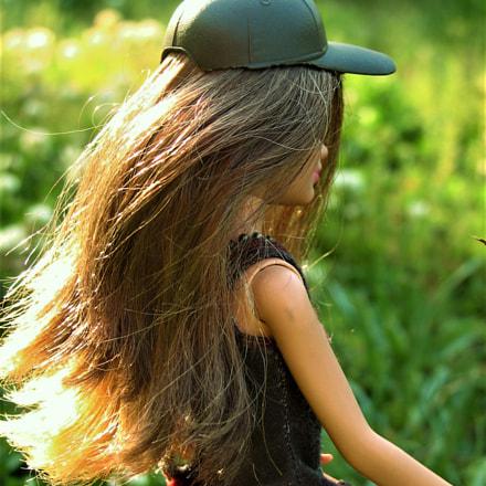 Barbie hiking, Canon POWERSHOT S2 IS
