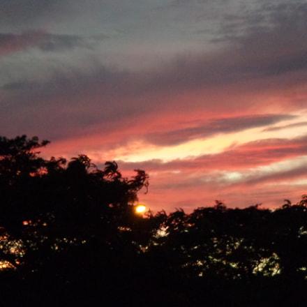 Sunset, Sony DSC-W690