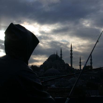Fishermen on Galata Bridge.., Nikon E995