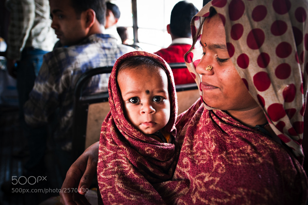 Photograph Bus to Old Delhi by Navid Baraty on 500px