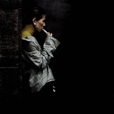 Hide, Canon EOS KISS DIGITAL N