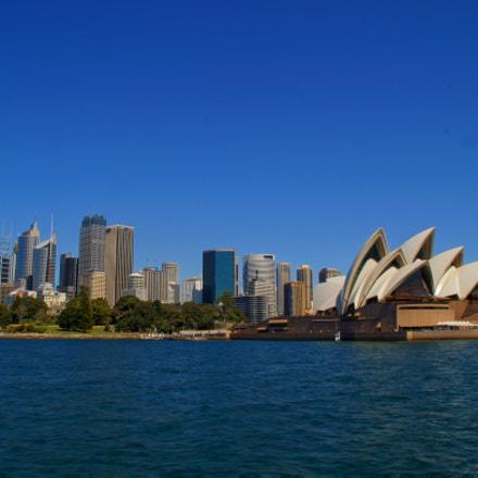 Sydney Harbor, Sony SLT-A37, Minolta/Sony AF DT 18-200mm F3.5-6.3 (D)