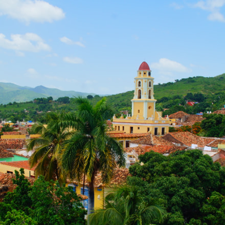 View over Trinidad, Sony SLT-A37, Minolta/Sony AF DT 18-200mm F3.5-6.3 (D)