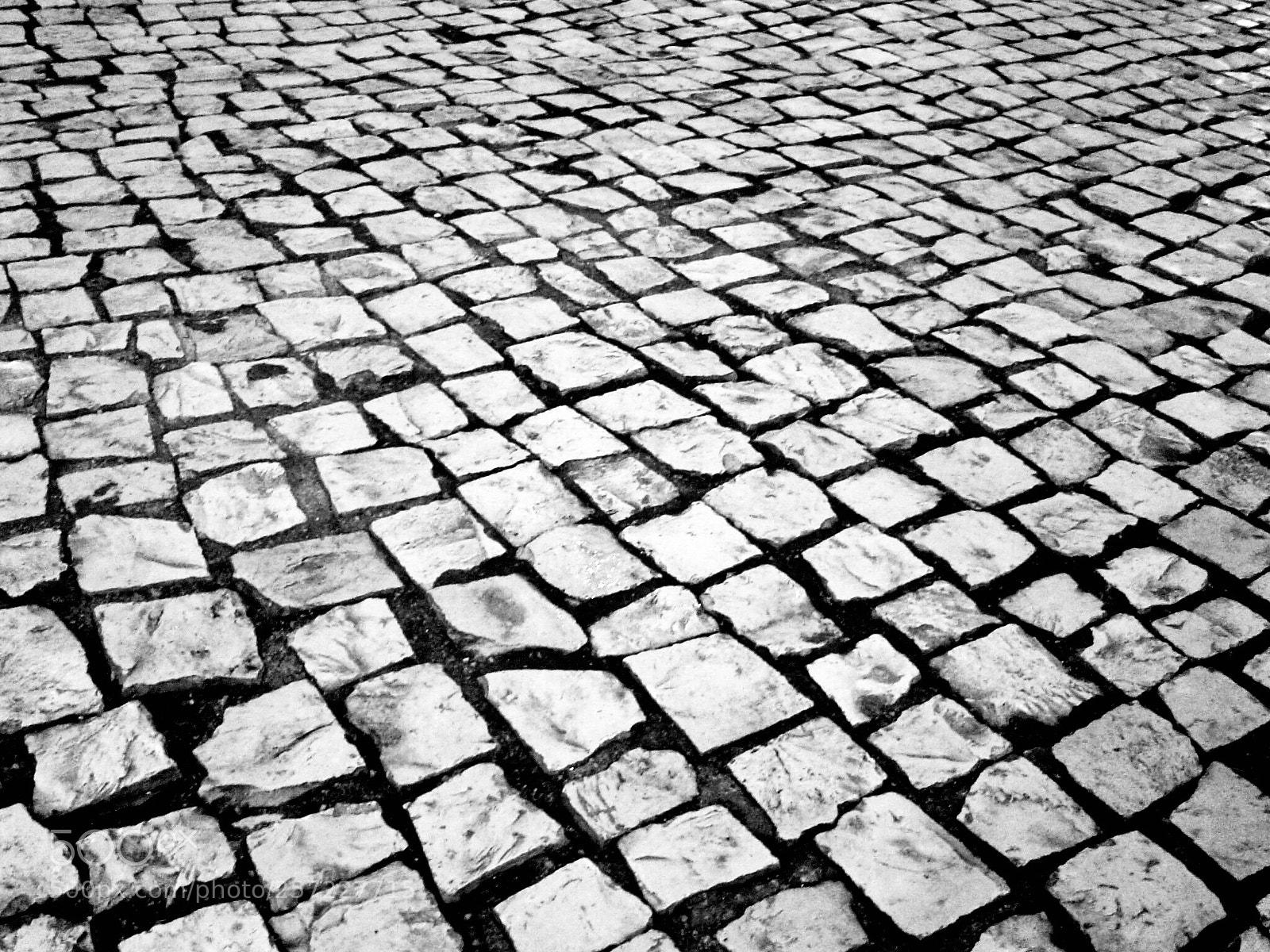"Sony DSC-P72 sample photo. ""Road"" photography"