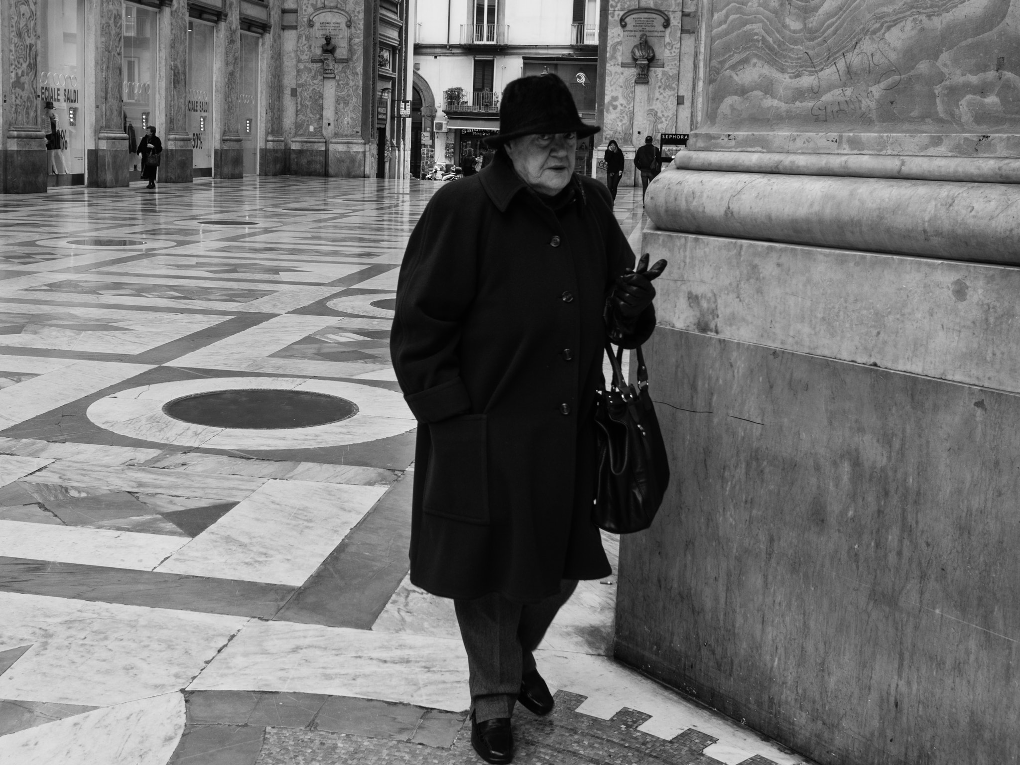 Photograph lady hat by Mario Mancuso on 500px