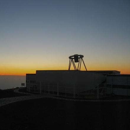 Sunrise at Liverpool telescope, Canon POWERSHOT S45