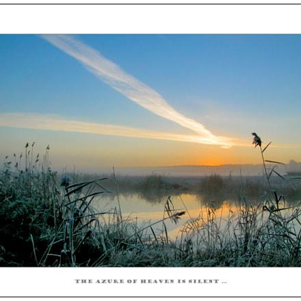 The azure of heaven, Nikon E5700