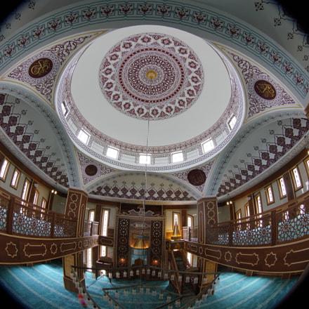 El-Doha Mosque, Sony ILCE-7RM3, Canon EF 8-15mm f/4L Fisheye USM
