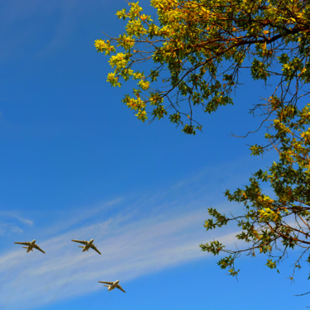 Planes in the sky, Nikon D7100, AF-S Nikkor 24-120mm f/4G ED VR