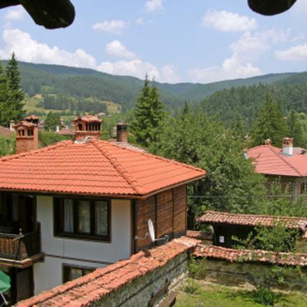 Bulgaria, Nikon E8700