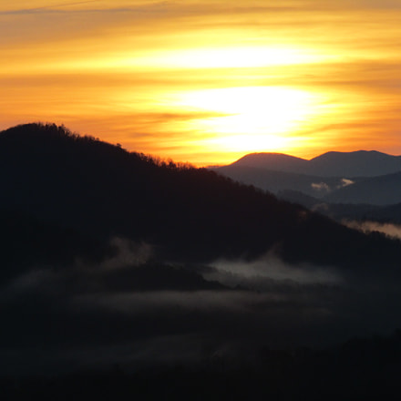 Sunrise in the mountains, Canon POWERSHOT SX420 IS