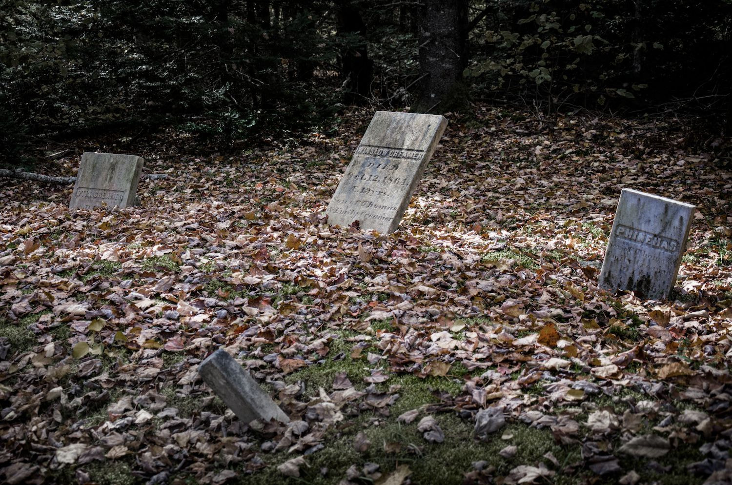 Photograph Creamer Cemetery, Maine by Rob Hanson on 500px
