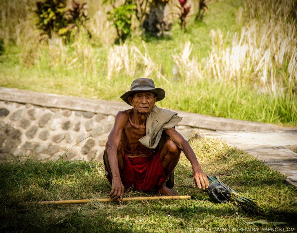 Photograph Balinese farmer say Hi by Laurent Salakenos on 500px