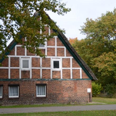 The old house, Nikon D5100
