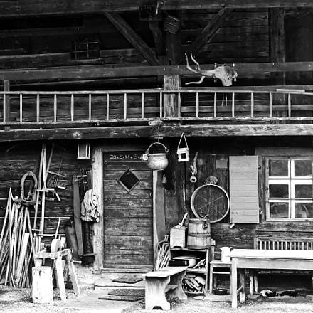 Old Farmhouse, Sony NEX-5R, Sony E 18-55mm F3.5-5.6 OSS