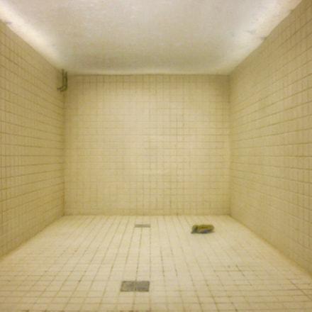 Empty swimming pool at, Canon IXUS 105